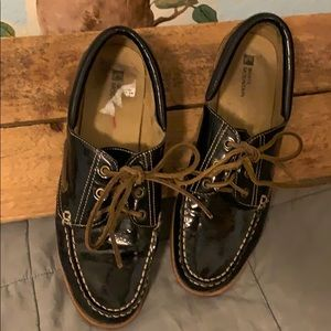 Black Patent Leather Boat Shoes - White Mountain